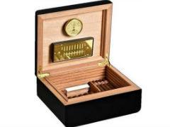 Хьюмидор Аdorini Carrara M black Deluxe на 60 сигар
