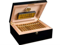Хьюмидор Аdorini Milan Deluxe на 75 сигар