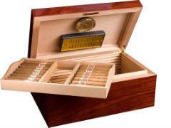 Хьюмидор Аdorini Santiago Deluxe на 150 сигар