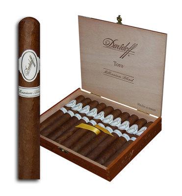 Сигары Davidoff Millennium Blend Toro вид 2