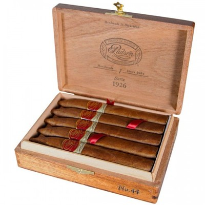 Сигары Padron Family Reserve No. 44 Natural вид 2