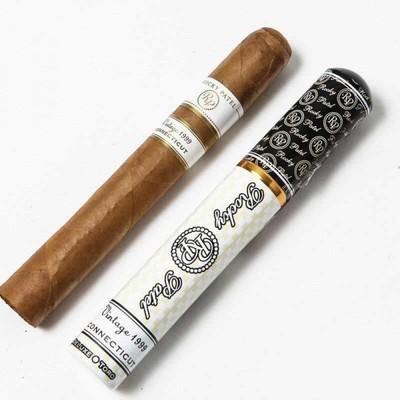 Сигары  Rocky Patel Vintage 1999 Deluxe Toro Tubos вид 2