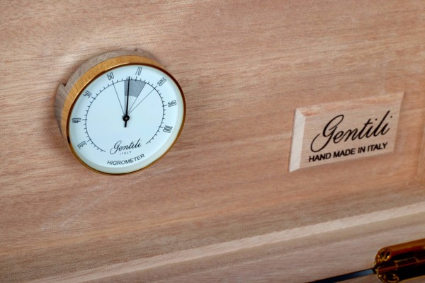 Хьюмидор Gentili на 70 сигар 545 Красное Дерево вид 4