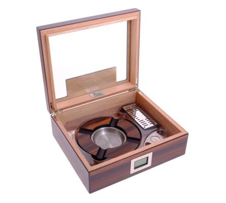Хьюмидор Lubinski на 50 сигар c подарочным набором QB228 вид 2